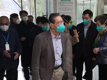 """Cientista chinês Zhong Nashan: """"surto do novo coronavírus pode atingir pico em 7 a 10 dias"""""""
