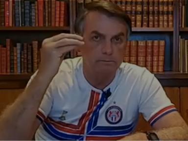Bolsonaro mente ao tentar recontar convocação de ato golpista