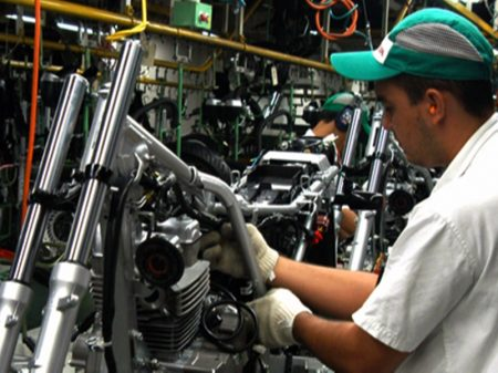 CNI: atividade industrial tem queda generalizada