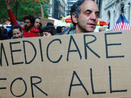 Americanos são jogados na cadeia por não terem como pagar contas hospitalares