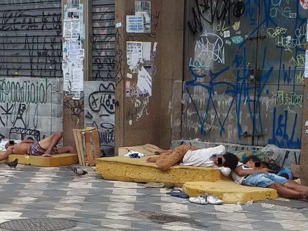 Cresce número de moradores de rua em SP