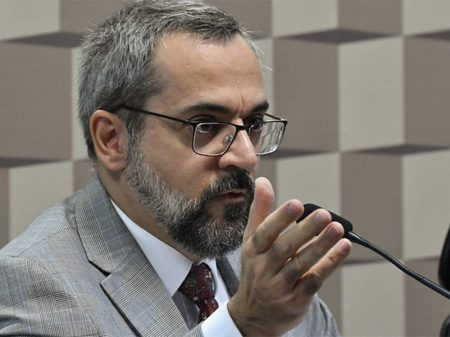 Governo desrespeitou STF e torrou R$ 1 bilhão da Educação com juros, confessa Weintraub