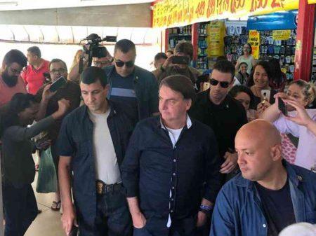 Governadores avisam que irão à Justiça se Bolsonaro encerrar quarentena