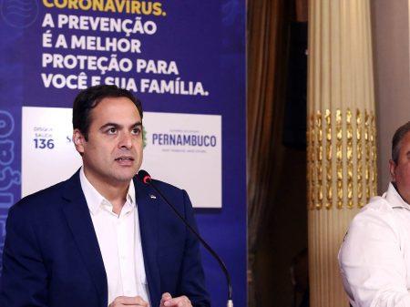 Pernambuco contrata quase 5 mil profissionais de saúde contra o vírus