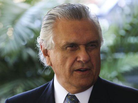 Caiado reage a Bolsonaro e mantém restrições em Goiás contra o Covid-19
