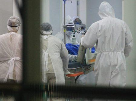 """Pneumologista da Fiocruz: """"mortes por Covid-19 não estão sendo diagnosticadas"""""""