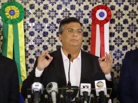 """""""É hora de Bolsonaro brigar contra o vírus, não com os governadores"""", diz Dino"""