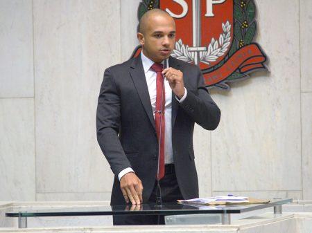 Justiça quebra sigilo de deputado bolsonarista por atacar STF e parlamentares