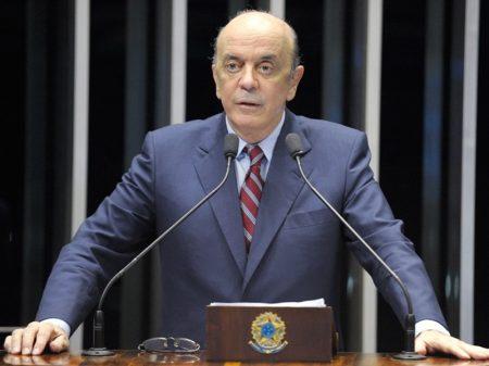 Serra quer suspender PEC fiscal e elevar investimentos públicos