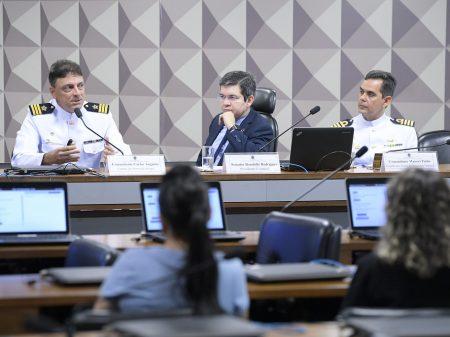 Randolfe pede ajuda à China para enfrentar o Covid-19 no Amapá