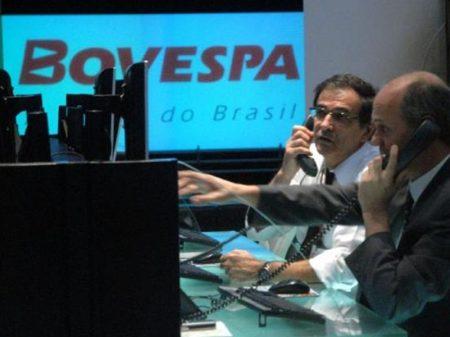 Ibovespa cai 10,35% em mais um dia de circuit breaker
