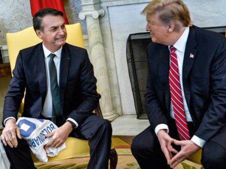 ANJ, Abraji e Fenaj repudiam Bolsonaro por excluir Folha de cobertura nos EUA