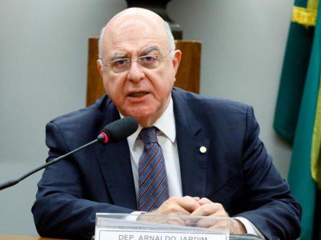 """Líder do Cidadania: """"Bolsonaro desrespeitou familiares e vítimas do coronavírus"""""""