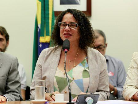 PCdoB: Amplo rechaço obriga Bolsonaro a revogar suspensão dos salários