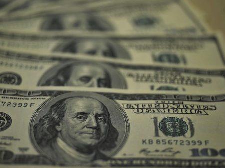 Estrangeiros aceleram retirada da Bolsa