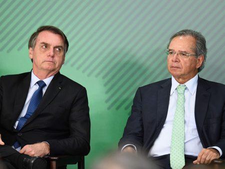 Insanidades de Bolsonaro aceleram fuga de capitais