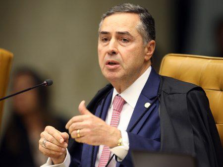 """Para Luís Roberto Barroso, saída de Moro """"arrefece combate à corrupção"""""""
