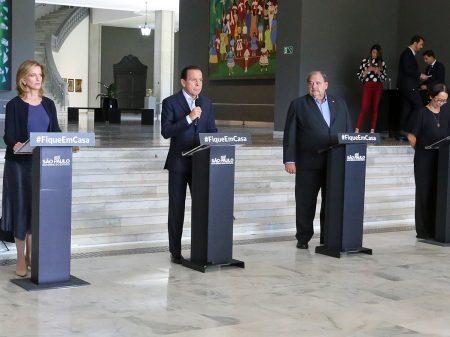 Doria exige coerência de Bolsonaro e anuncia leite grátis para 21 mil idosos