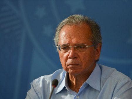 Agenda ultraliberal de Guedes está indo a nocaute