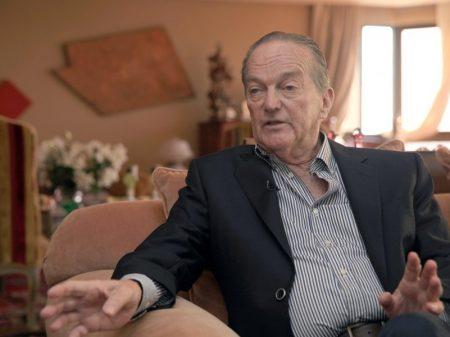 Bolsonaro não tem estatura para combater a Covid-19 e  a recessão, diz Bornhausen