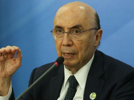 O que afeta a economia é a pandemia, diz Meirelles