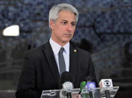 PSB: violar quarentena e  orientações da OMS atenta contra a vida dos brasileiros