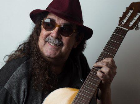 Acabou Chorare: Morre o cantor Moraes Moreira