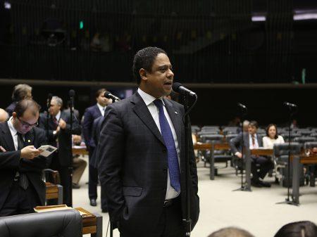 "Orlando defende CPI para apurar ""as graves denúncias de Moro contra Bolsonaro"""
