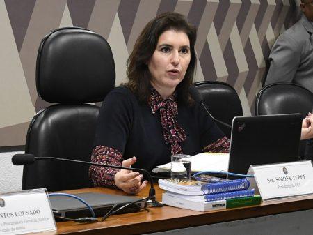 Senadora critica voto virtual na PEC do 'Orçamento de Guerra' para os bancos