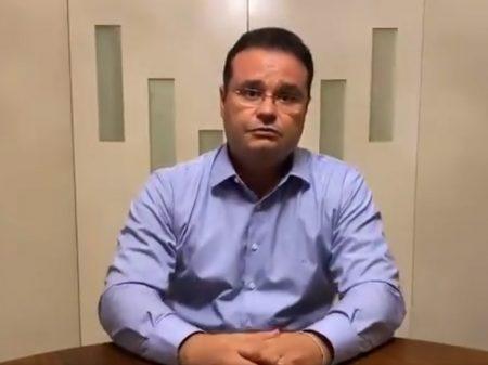 'Bolsonaro tem que mostrar 2 exames: do vírus e de sanidade mental', diz Trad