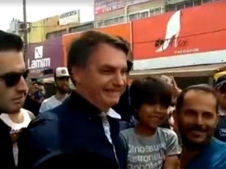Partidos entram com notícia-crime no STF contra o 'Mito' por violar quarentena