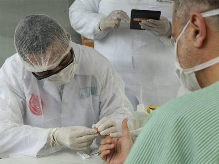 Governo atrasa bolsas de residência médica em meio à pandemia de coronavírus