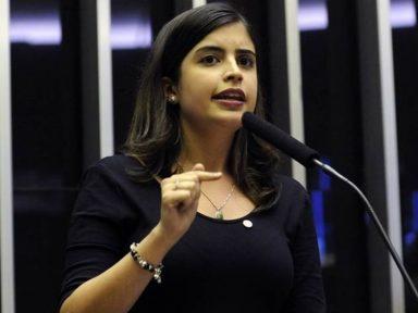 Deputada Tabata Amaral faz gesto de aproximação com Cidadania23