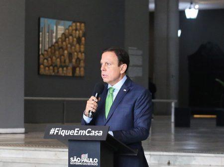 """Doria critica """"péssimo exemplo"""" de Bolsonaro que atrapalha o isolamento social"""