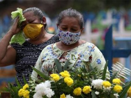 Com 27.878 óbitos, Brasil ultrapassa a Espanha em mortes por coronavírus