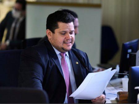 Senado aprova ajuda a estados e municípios