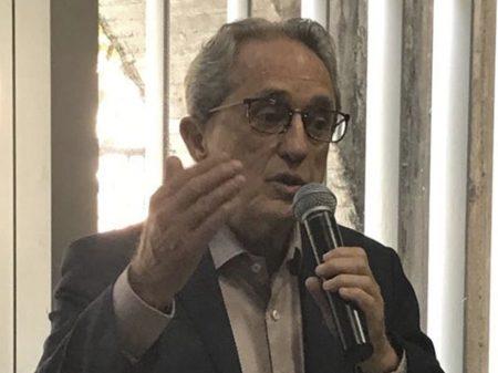 'Frente democrática, não de esquerda, para derrotar Bolsonaro', diz Aldo Arantes