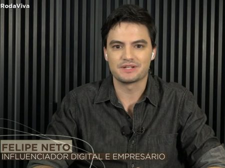 Felipe Neto defende frente ampla contra Bolsonaro e bomba audiência do Roda Viva