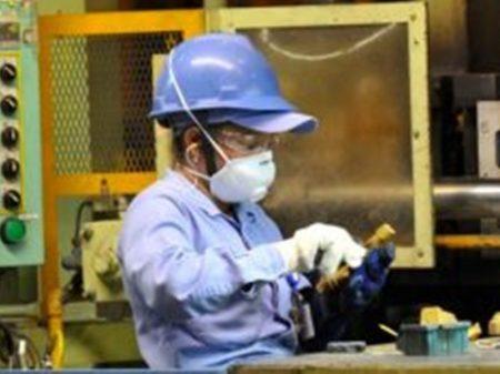 Pandemia derruba produção industrial