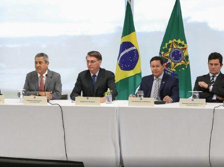Até transcrição da AGU desmente Bolsonaro e prova que ele falou da PF