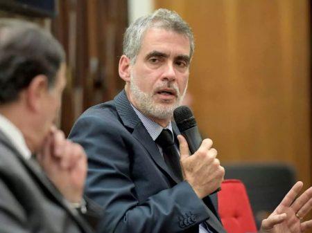 """Ministro do STJ rejeita ação contra quarentena e diz: """"governo faz necropolítica"""""""