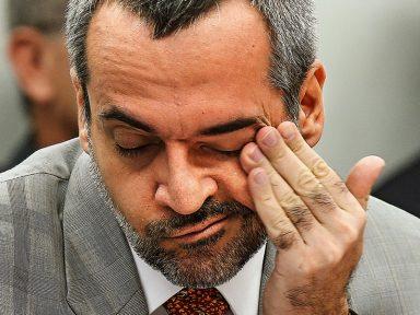 """O """"falador"""" Weintraub ficou de boca fechada diante dos Federais"""