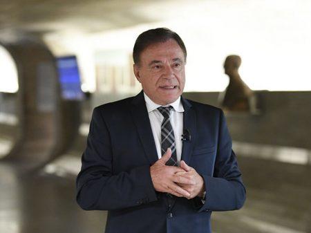 """Dias condena ameaças ao STF: """"não coadunam com a democracia"""""""