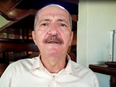 """Aldo rebate ataque de Olavo: """"sua bandeira é listrada, patriota de fancaria"""""""