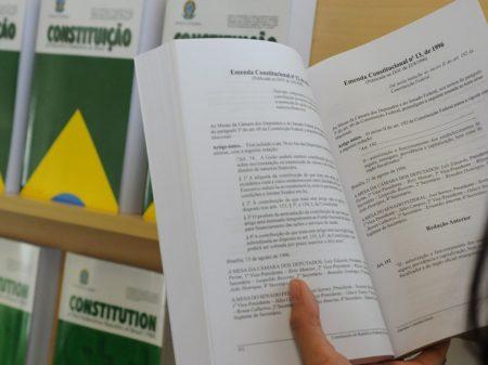 Nove associações de juízes e procuradores exigem respeito à democracia