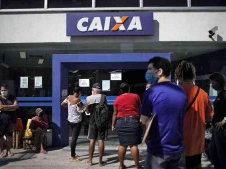 Bolsonaro é caos social e ameaça à luta contra a Covid-19, dizem debatedores