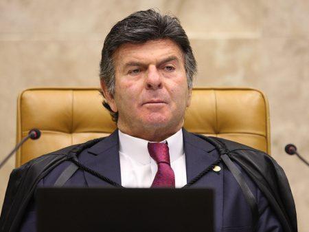 """Fux, eleito presidente do STF, diz que se """"empenhará na luta pela democracia"""""""