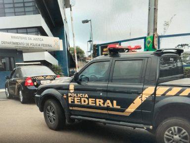 PF vai investigar invasão a dados de Bolsonaro, filhos, aliados e ministros