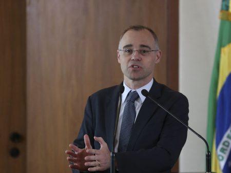 Rede aciona STF contra inquérito para perseguir Aroeira e Noblat