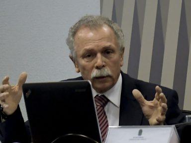 """""""Demissão de Lubia do Inpe, se não é intencional, é burrice total"""", diz cientista"""